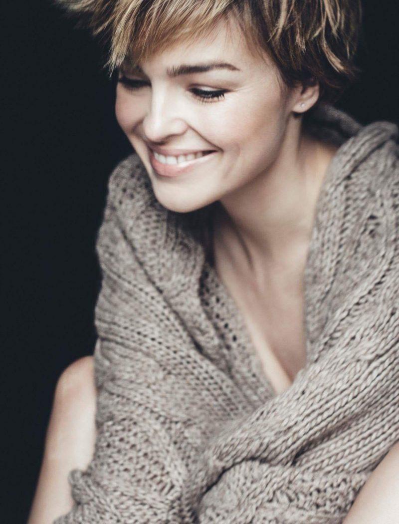 Tina-Jahnke-Robi-Agnes-Cardigan-Magalie-sand (8)