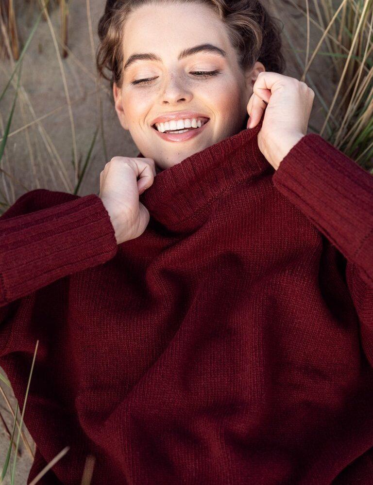sweater-Melanie-burgundy-Armiphoto