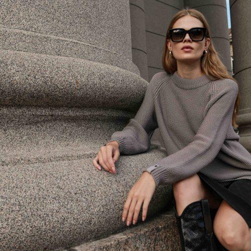 sweater-Suzy-grey-Insta-two