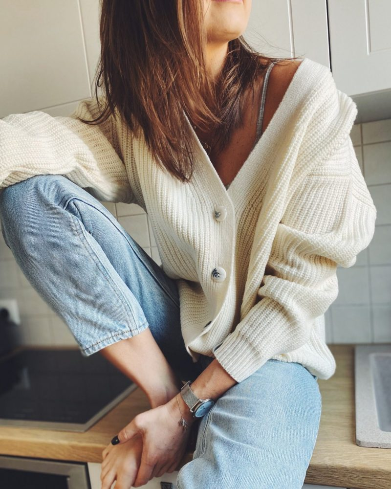 sweater-Ema-sand-milk-white-casual1